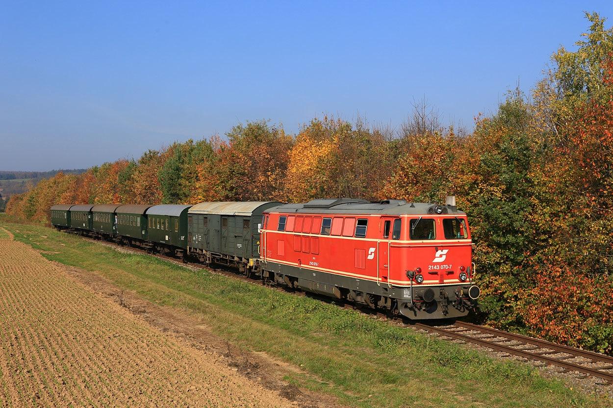 2134 070 NLB R16971 Weitersfeld 26.10.19 Rettenbacher